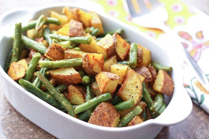 turmeric-potatoes-and-green-beans-1