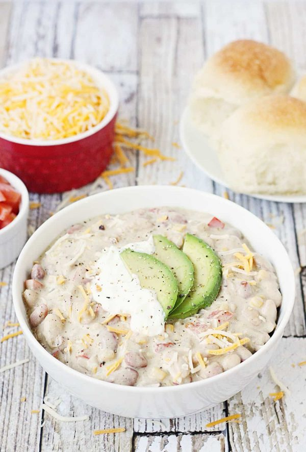 Easy-Vegetarian-White-Bean-Chili-1