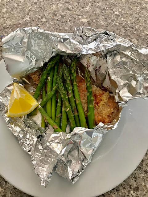 Lemony Salmon and Asparagus Foil Packets from Our Good Life