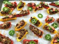 These Mini Bell Pepper Nachos are an easy low-carb, gluten-free way to get your nacho fix. Perfect for game day snacking or eating while binge watching TV. #nachos #bellpeppers #footballfood #gameday #snacks