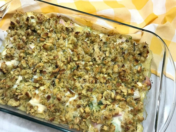 This Chicken Cordon Bleu Casserole is simple to make and has all the flavors you love about the classic dish. It's a tasty dinner for any night of the week. #chicken #ham #cheese #chickencordonbleu #casserole #dinner