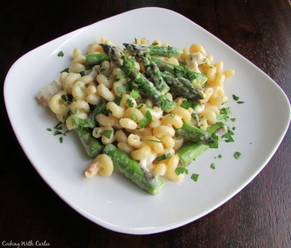 Creamy One Pot ABC Pasta (Asparagus, Bacon, and Chicken)