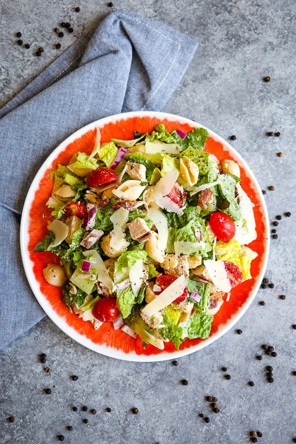 Chicken-Caesar-Pasta-Salad-Healthy-Pasta-Salad-vert4