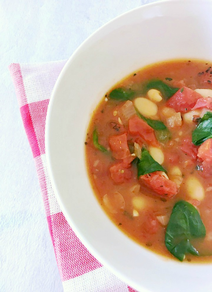 Vegan Tomato and Bean soup with spinach