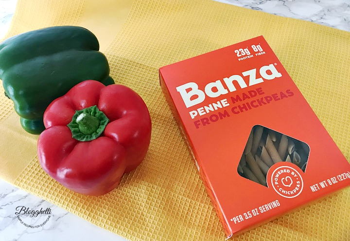 Banza Penne pasta box with bell peppers