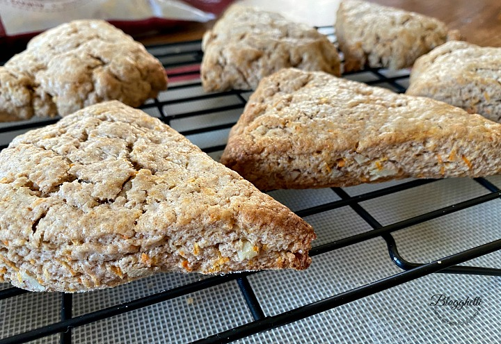 baked carrot cake scones cooling