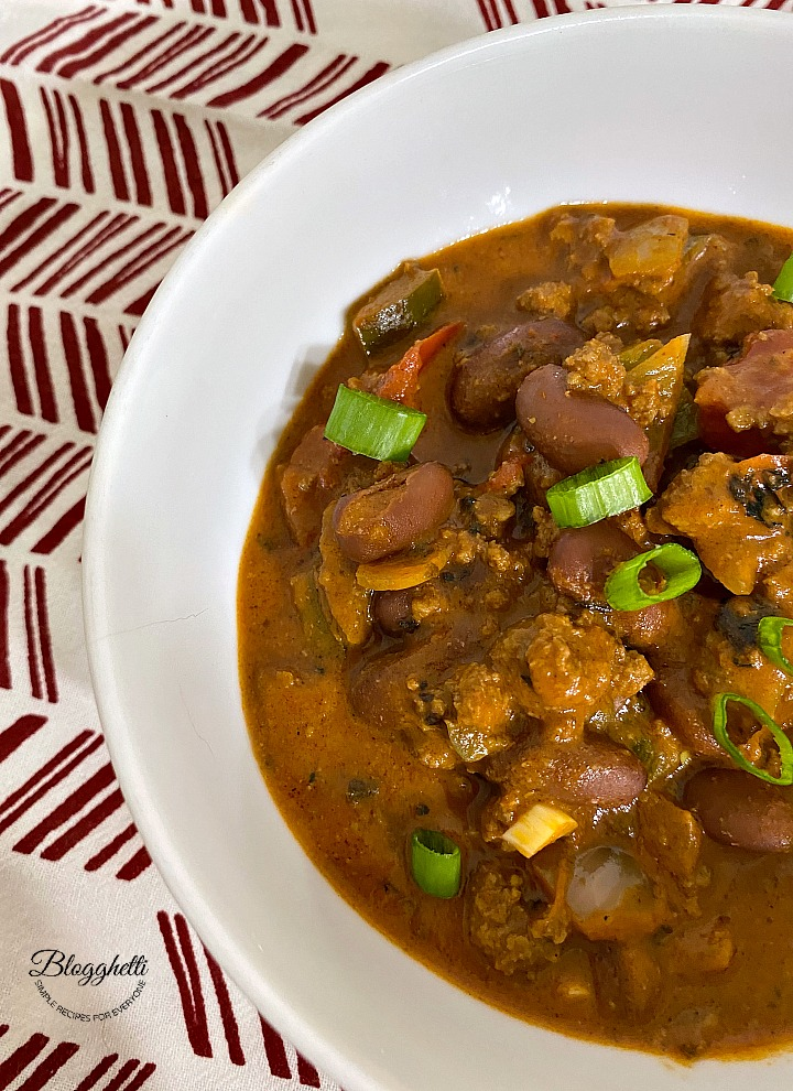 bowl of beefy peanut butter chili