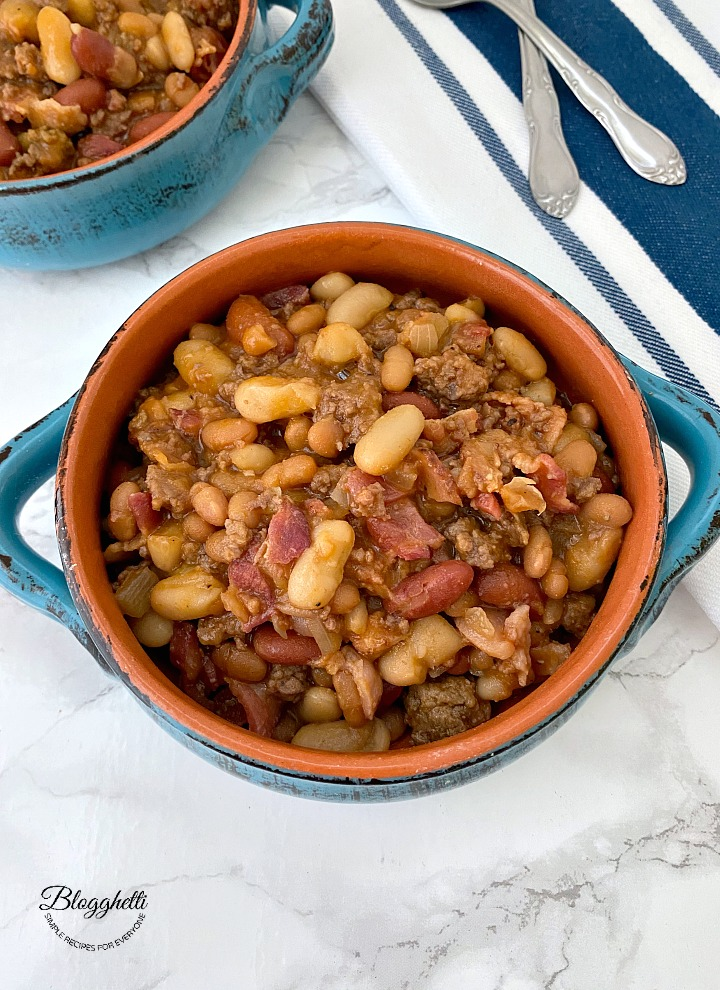 Slow Cooker Calico Baked Beans