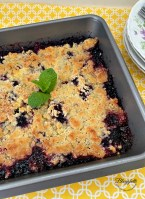 Easy Blackberry Cobbler fruit Dessert