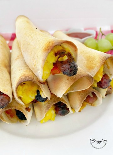 scrambled egg and sausage taquitos