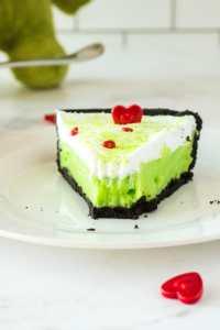 No-Bake-Grinch-Pie5-1024x1536