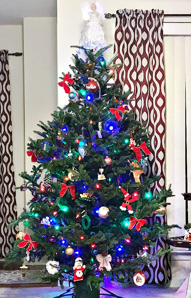 decorated tree with memories