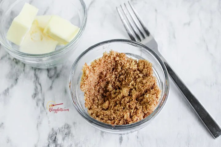 brown sugar and butter bowls