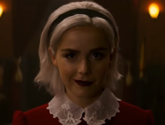 2 Sabrina Spellman Outfits That You Need In Your Closet | Chilling Adventures of Sabrina Costume