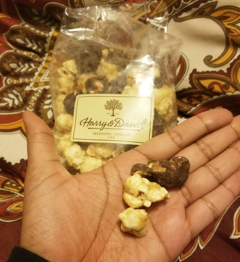 I tried Moose Munch from Harry and David – Review