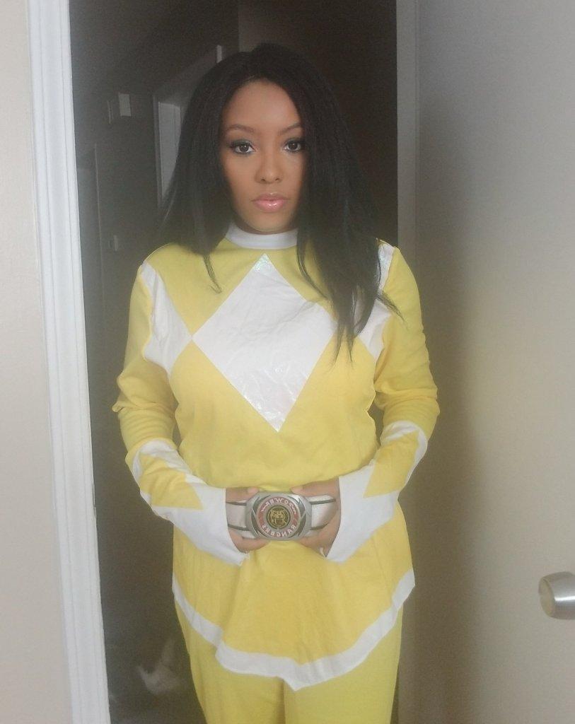 yellow power ranger cosplay