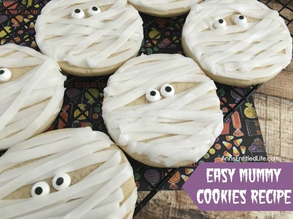 mummy-cookies-halloween-desserts