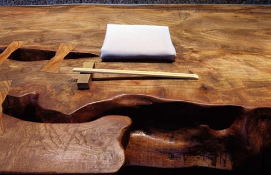 roka_wooden_counter_with_napkin1