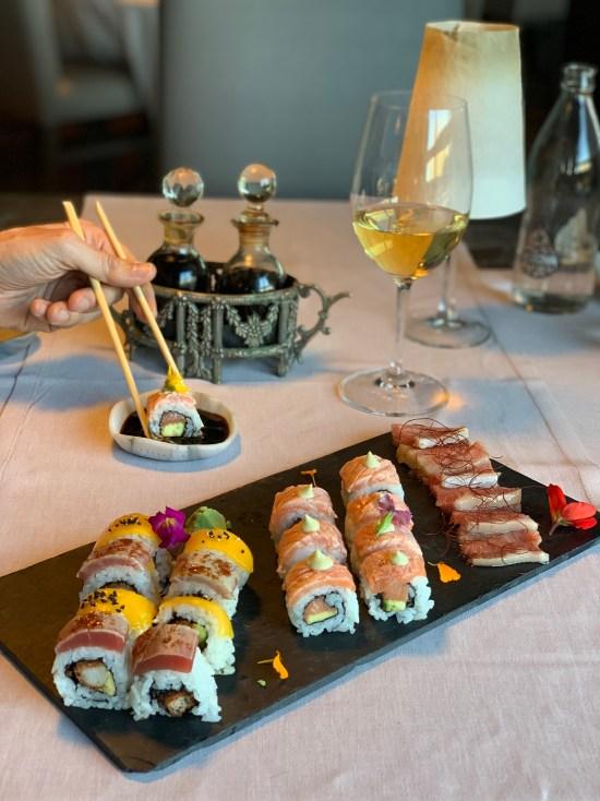 variado de sushi