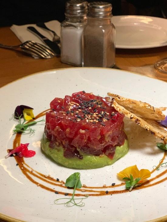 Tartar de atún bluefin con guacamole