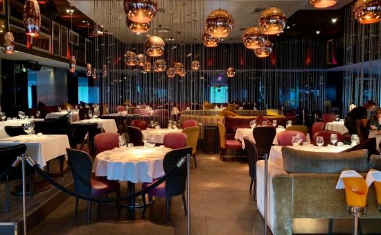 Interior del restaurante Nuba