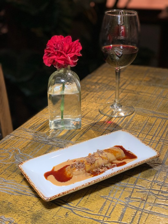Canelón de faisán, foie y trufa blanca