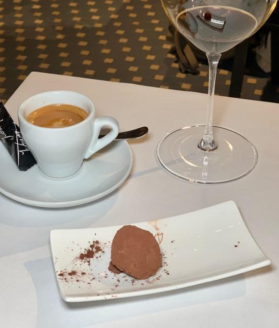 trufa de chocolate, café, cerveza oscura