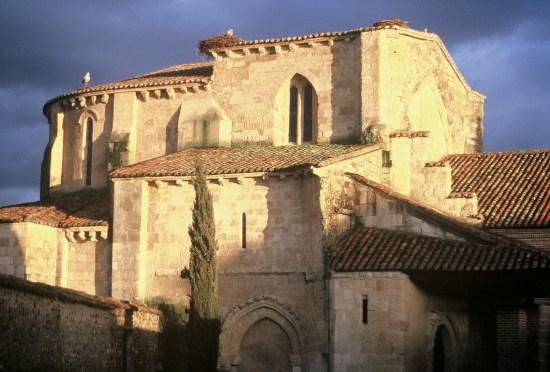 Fotografía de un monasterio. Ruta de Monasterios en León