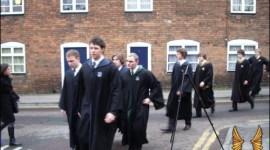Confirmadas Nuevas Escenas y Actrices para 'El Príncipe Mestizo' en la Catedral Gloucester (Actualización #5)