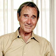 Jim Dale gana un Grammy por el audiolibro de Harry Potter and the Deathly Hallows