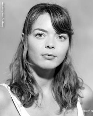 Nina Voelker