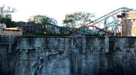 Primer Vistazo a 'Montaña Rusa de Hogwarts' en el Parque Temático de Harry Potter