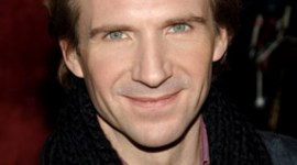 Ralph Fiennes Comenzará a Filmar 'Las Reliquias de la Muerte' en Otoño