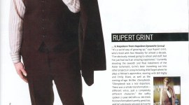Nueva Imagen de Ruper Grint Disfrazado como 'Napoleon Dynamite'