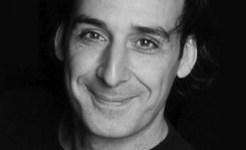 Alexandre Desplat: 'Compositor Cinematográfico del Año' por su Trabajo en 'Las Reliquias'!