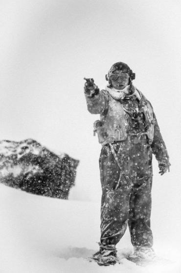 Nuevas Imágenes de Rupert Grint en 'Into the White'; DVD/Blu-ray para el 28 de Agosto