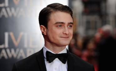 Daniel Radcliffe, Imelda Staunton, y Helen McCrory Asisten a los 'Laurence Olivier Awards 2013'