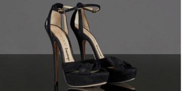 Emma Watson dona sus zapatos para una buena causa