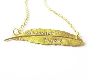 collar wingardium leviosa