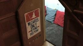Una asombrosa madre recrea la alacena bajo las escaleras inspirada en Harry Potter