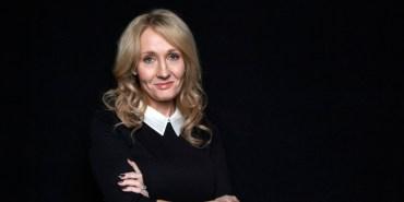 J.K. Rowling es distinguida con la Orden de los Compañeros de Honor por la Reina Isabel