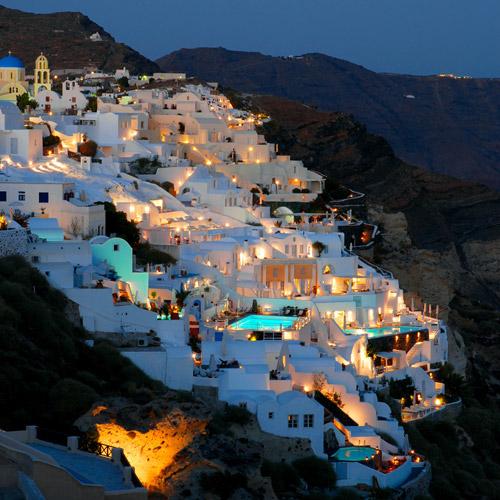Santorini à noite