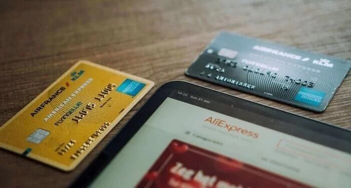 What are the Benefits of Credit Card Makers?