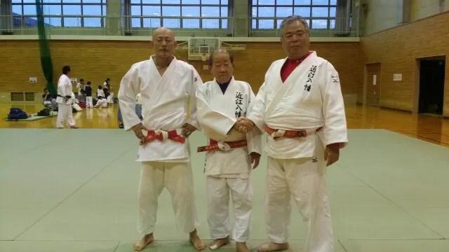池田先生 六段昇段赤白帯を締めて - こんにちは!近江八幡柔道連盟です。