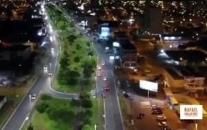 A avenida Joaquim Domingo Roriz já está toda iluminada com lâmpadas de led
