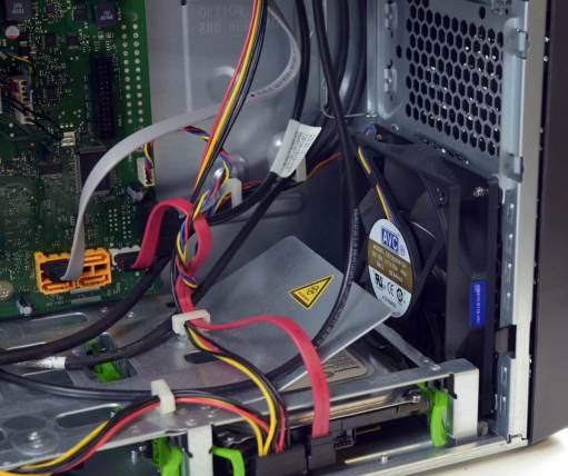 Fujitsu Esprimo P710 - ventilator frontal