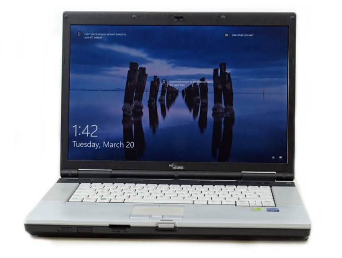 Fujitsu LifeBook E8420 - vedere generala #1