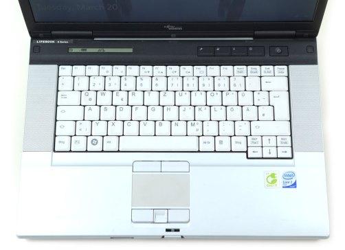 Fujitsu LifeBook E8420 - vedere generala tastatura