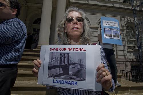 dock-street-protest