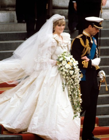 Princess Diana's wedding dress used 46 yards of silk, that's equal to about 138,000 cocoons!